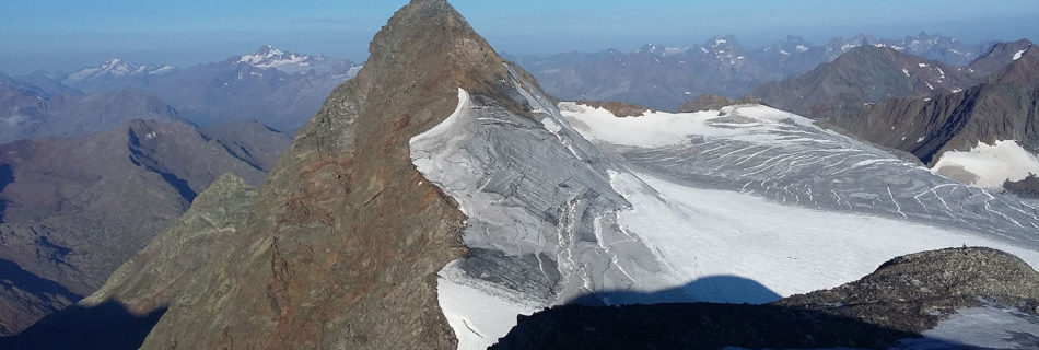 No.067 Stubai Glacier – Circular tour