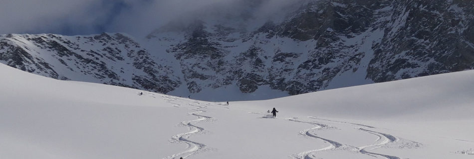 "No.03 Ski-touring week ""best snow, best weather"""